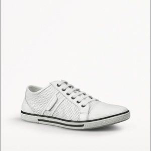 Men's Kenneth Cole white leather sneakers 10
